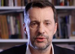 Witold Gadowski zaprasza na Marsz Polaków i Polonii w Oświęcimiu 14 sierpnia 2019
