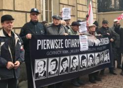 Funkcjonariusz ZOMO skazany! Weterani osądzili zbrodniarza komunistycznego poza procesem